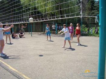 волейбольная площадка.jpg