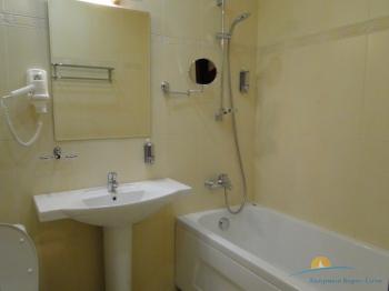 ванная комната в номере De Luxe.JPG