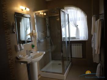 ванная комната в номере Люкс.JPG