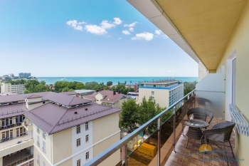 2-мест 2-комн Люкс  1 корпус с видом на море - балкон.jpg