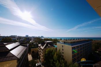 2-мест 2-комн Люкс  1 корпус с видом на море - вид с балкона.jpg