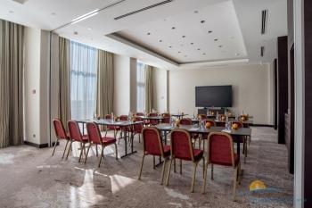 конференц-зал для переговоров.jpg