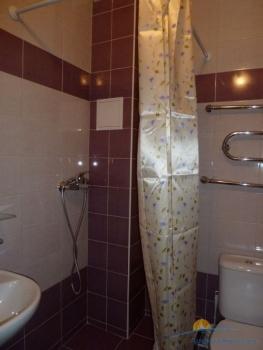3-местный 1-комнатный номер с балконом санузел.JPG