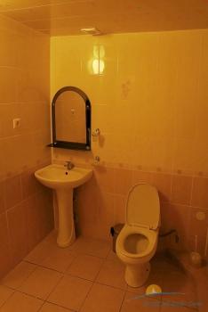 2-местный 1-комнатный номер повышенной комфортности санузел.JPG