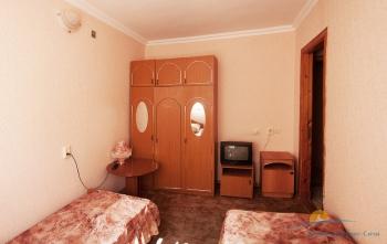4-местный 2-комнатный номер повышенной комфортности №19.JPG