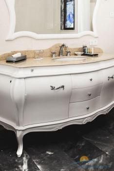 ванная виллы Лазурь 1.jpg