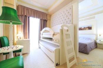 2-местный 2-комнатный Семейный корп Спальный - детская.jpg