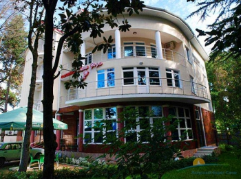 здание отеля.jpg