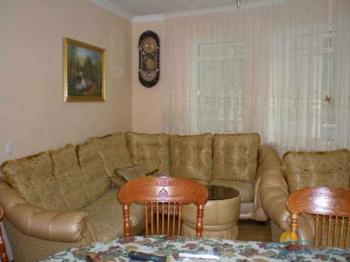 3-местный 2-комнатный номер Апартаменты гостиная.jpg