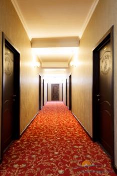 коридор отеля.jpg