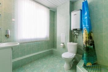 3-местный 1-комнатный Standart санузел.jpg