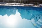 открытый бассейн в Орбите