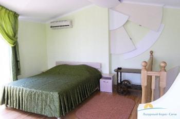 4-местные апартаменты спальня.jpg