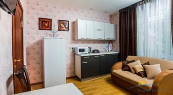 2-мест 2-комн Апартамент в коттедже 8-9 - гостин и кухня..jpg