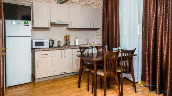 2-мест 3-комн Апартамент в коттедже 4 - кухня.jpg