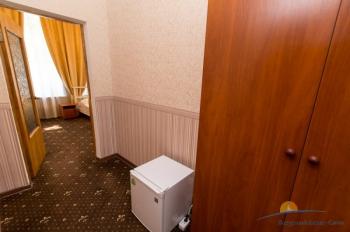 2-местный 1-комнатный номер Спальня Художника оснащение.jpg