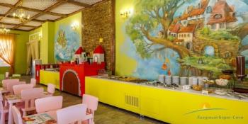 Детское кафе Карамелька.jpg