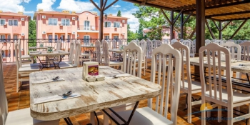 Ресторан Ривьера терраса.jpg