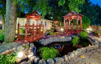 SPA - Китайский дворик вечером.jpg