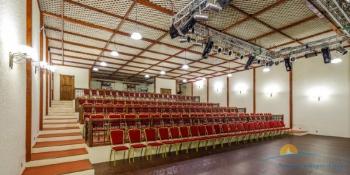 концертн зал.jpg