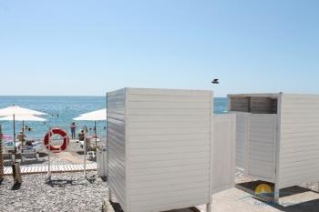 Раздевалки на пляже.JPG