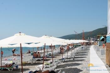 Пляж 200 метров от гостиницы.JPG