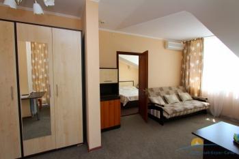 2-местный 2-комнатный  номер.jpg