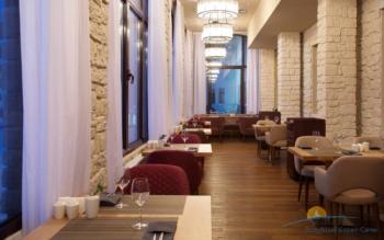 ресторан в отеле.jpg