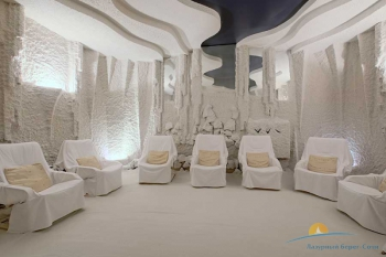 соляная комната в мед центре.jpg