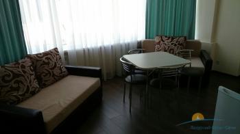 2-местный 2-комнатный Апартаменты гостиная.jpg