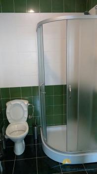 2-местный 2-комнатный Апартаменты санузел.jpg