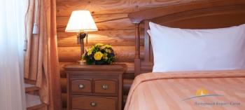 Спальня в вилле.jpg
