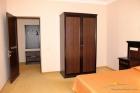 2 комнатные апартаменты. Интерьер в спальне.