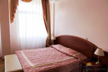 2-комнатный люкс. Спальня. Корп.2.JPG