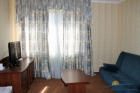 Гостиная в люкс номере