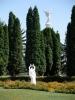 Памятник на территории