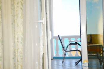 2-местный 1-комнатный  Полулюкс с видом на море.jpg