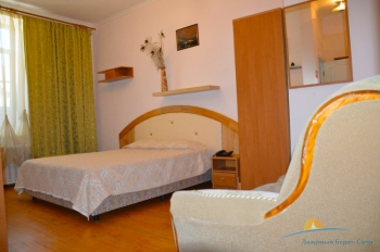 2-местный 1-комнатный номер Полулюкс с мини-кухней.jpg