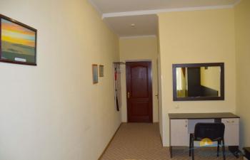 2-местный 1-комнатный  Стандарт 1 категории (вид во внутренний дворик).jpg