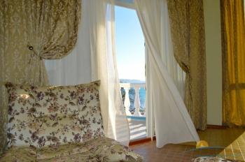 2-местный 1-комнатный Пентхаус с террасой и видом на море.jpg