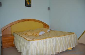 2-местный 2-комнатный номер Полулюкс спальня.jpg