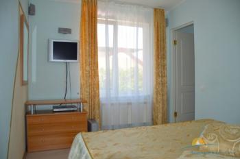 2-местный 2-комнатный Полулюкс спальня.jpg