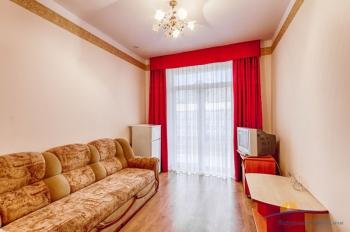 4-местный 2-комнатный номер Люкс гостиная.jpg