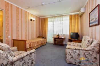 3-местный 2-комнатный номер Эконом корпус 5.jpg