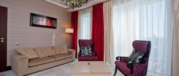 интерьер гостиной в 2-местном 3-комнатном Сюит Президентский.jpg