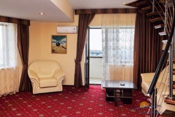 2-местные 2-комнатные Апартаменты гостиная.jpg