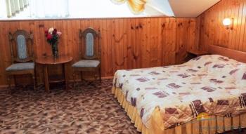 2-местный 1-, 2-комнатный Полулюкс спальня.jpg