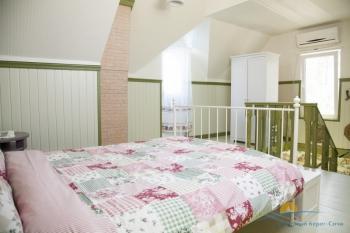 2-местный 2-комнатный номер Люкс Амстердам в коттедже спальня.jpg