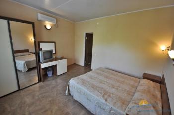 2-местный 1-комнатный номер в  малом коттедже.jpg