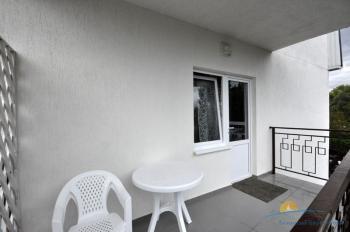 6-местный 2-комнатный номер в большом коттедже балкон.jpg
